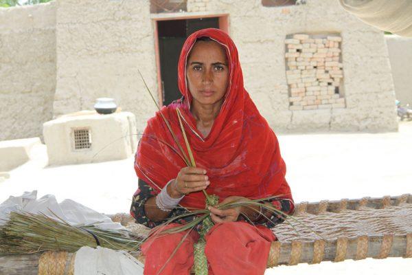 Contre la féminisation de la pauvreté