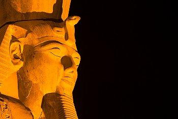 Flickr CC: Louxor_Statue de Ramses II