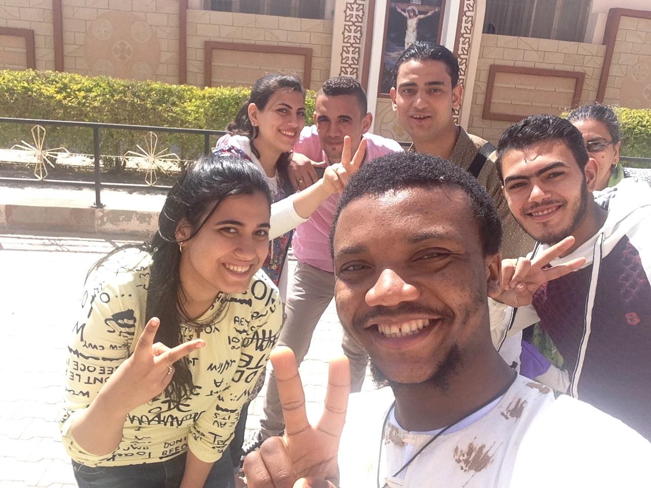 Avec des égyptiens qui m'apprirent quelques mots d'arabe