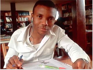 A la salle de lecture de l'alliance franco-camerounaise @2010